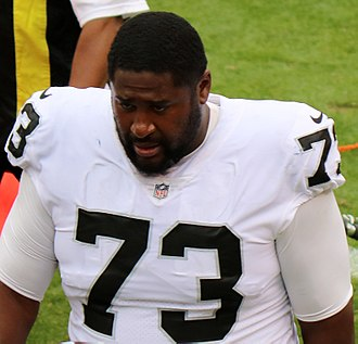 Marshall Newhouse - With the Raiders in 2017.