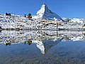 Matterhorn and its reflection in the Leisee October 2020.jpg