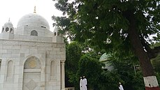 tomb of syedna shaikh adam and sulaimani dome