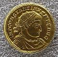 Medaglione di costantino I, 320 dc, oro, recto.JPG