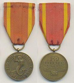 Medal za Warszawe 0022edikpl.jpg