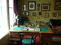 Melikhovo Chekhov's desk.jpg
