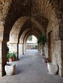 MelkiteGreekCatholic SaintThomasCathedralTyre GothicArches RomanDeckert06112018.jpg