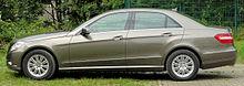 Mercedes E 350 CDI BlueEFFICIENCY Elegance (W212) side 20100822.jpg