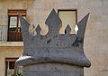 Merlet coronat de la llotja, València.JPG
