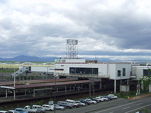 Minami-Chitose Station - Minami-Chitose Station building in May 2004