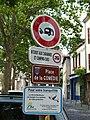 Montluçon-FR-03-panneaux place de la Comédie-01.jpg