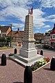 Monument aux morts de Courtonne-les-Deux-Églises. (2).jpg