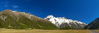 Mount Cook Village - Image: Mount Sefton LC0291