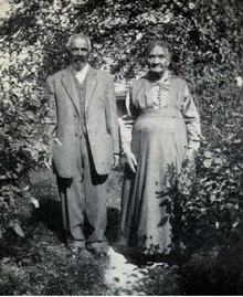 Mr. and Mrs. Peter Bruner, about 1919.png