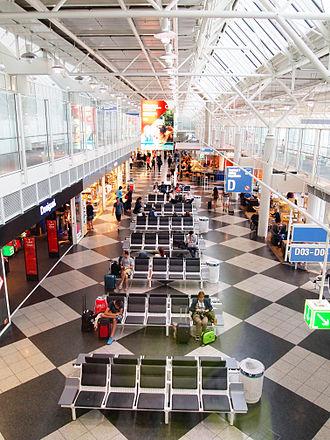 Munich Airport - Boarding gate area at Terminal 1D