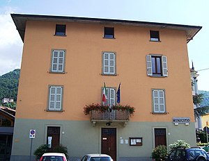 Artogne - Townhall of Artogne