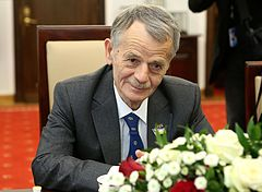 Mustafa Dzhemilev Senate of Poland 02.JPG