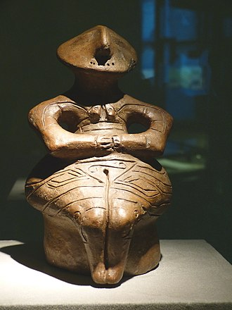 "Gumelnița–Karanovo culture - The enthroned ""Lady of Pazardžik"" of the Karanovo VI culture (c. 4500 BC)"