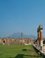 Napoli pompei.jpg
