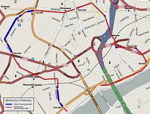 Newcastle town wall - A modern map of Newcastle showing the approximate course of the town wall in red; extant sections of the wall are in blue.