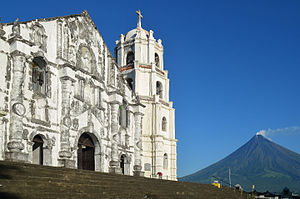 Albay - Nuestra Señora de la Porteria Church in Daraga, built in 1773