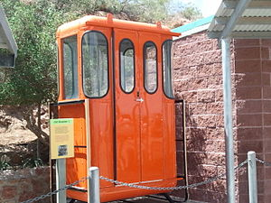 Wyler Aerial Tramway - Image: Old gondola