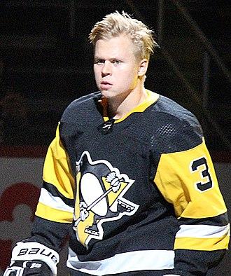 Olli Määttä - Määttä with the Penguins in 2017