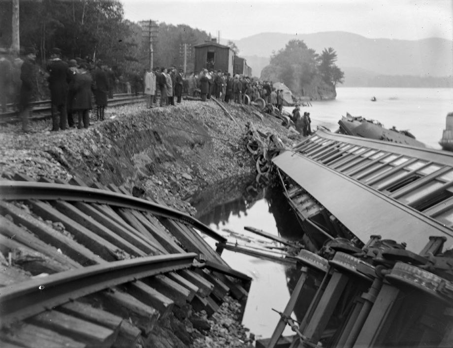 Onlookers at the site of the Garrison train wreck (1897)