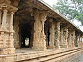 Open Mantapa (hall) in Someshvara temple at Kolar.JPG