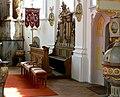 Otterswang Pfarrkirche Chorgestühl.jpg