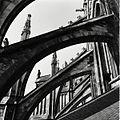 Overzicht van de luchtbogen aan de noordzijde van het koor - 's-Hertogenbosch - 20425439 - RCE.jpg