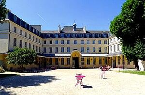 Irish College in Paris - Image: P1020577 Paris V Centre culturel irlandais rwk