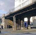 P1080935 Paris XIX av Jean-Jaurès pont PC détail rwk.jpg