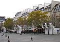 P1290307 Paris IV place Georges-Pompidou rwk.jpg