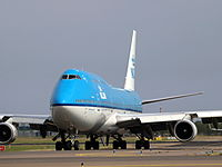 PH-BFI KLM Royal Dutch Airlines Boeing 747-406(M) - cn 25086 taxiing, 25august2013 pic-002.JPG