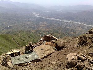 Operation Black Thunderstorm - Military personnel observing the city and the valley of Swat after the successful capture.