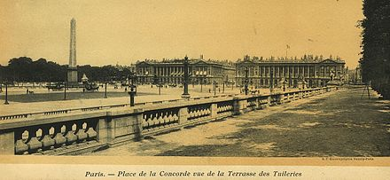 Place de la Concorde as seen from la Terrasse des Tuileries ca 1900 Paris - Place de la Concorde vue de la Terrasse des Tuileries.jpg