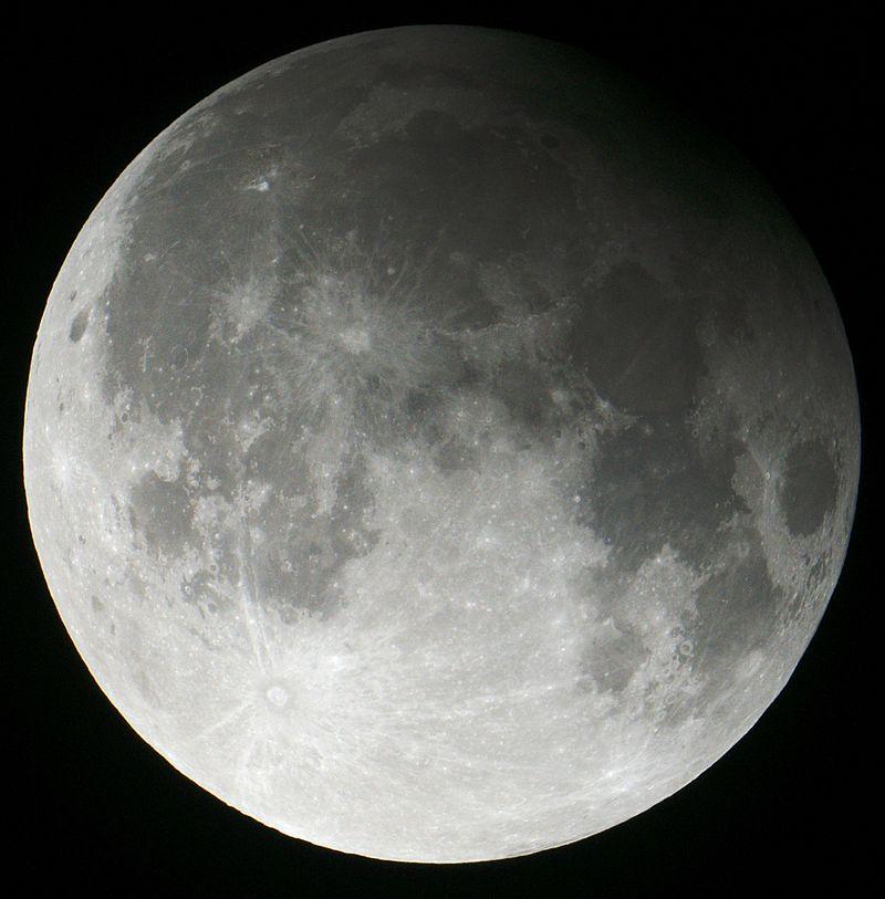 Partial lunar eclipse 2013.04.25.jpg