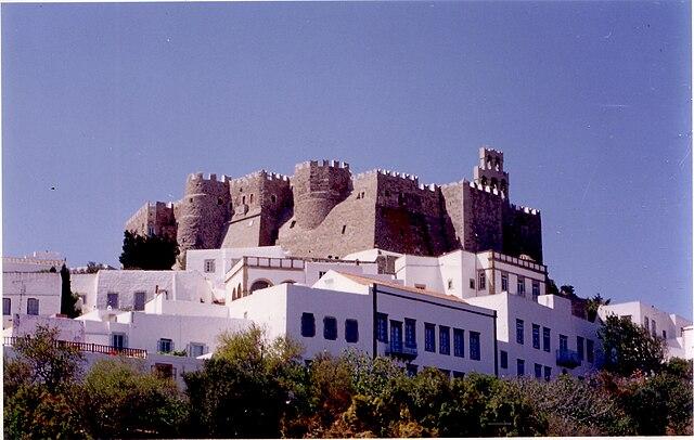 http://upload.wikimedia.org/wikipedia/commons/thumb/6/66/Patmos_monastery.jpg/640px-Patmos_monastery.jpg?uselang=ru