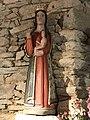 Peillac - ND de Liesse statue de la Vierge.jpg