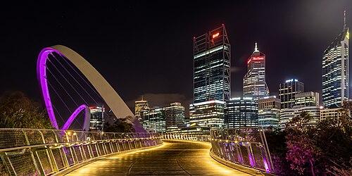 Perth (AU), Elizabeth Quay Bridge -- 2019 -- 0346-8 (crop 2).jpg