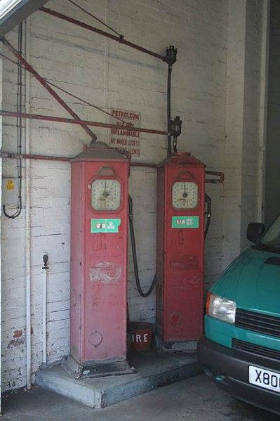 File:Petrol pumps - geograph.org.uk - 851830.jpg