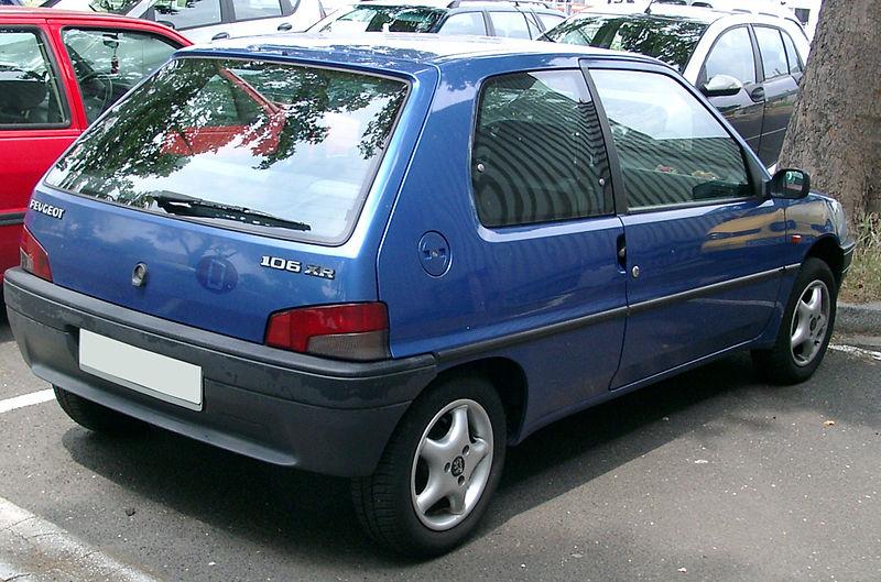 800px-Peugeot_106_rear_20070609.jpg