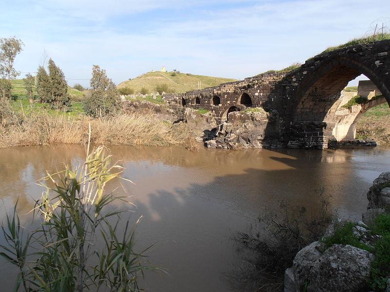 הגשר העתיק - וקנה