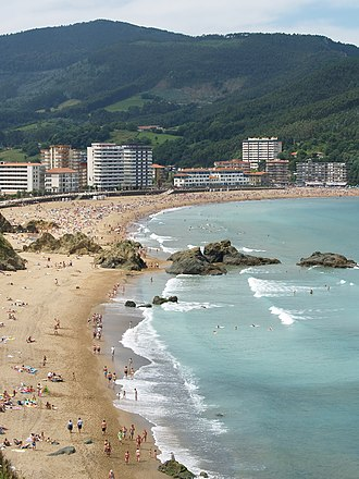 "Bakio - Panoramic view of the beach of Bakio from the ""Calero"" viewpoint"