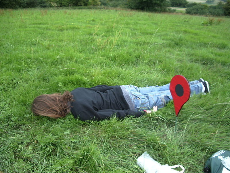 File:Playing The Lying Down Game at the geohash.jpg