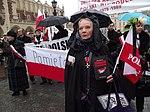 Początek marszu na Rynku Głównym (8720179343).jpg