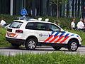 Politie VW met kenteken 22-ZN-NK in Hoofddorp, foto 1.JPG
