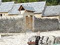Porche et clôture des Porcheries des Bourines.JPG