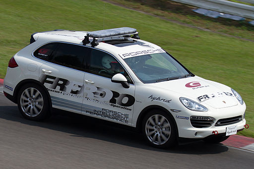 Porsche Cayenne S Hybrid First Rescue Operation car 2012 Super GT Sugo