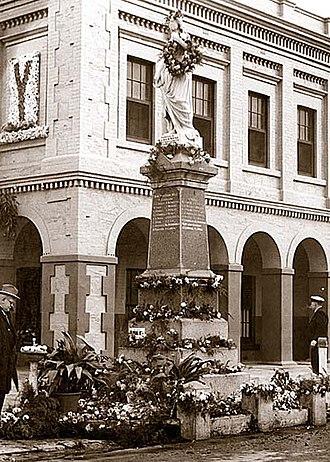 Port Adelaide Workers Memorial - Image: Port Adelaide Workers Memorial