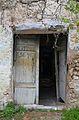 Porta oberta a Llombai, la Vall de Gallinera.JPG