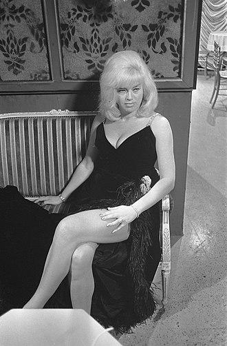 Diana Dors - Diana Dors in 1968