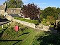 Postbox, Duntisbourne Abbots - geograph.org.uk - 1002329.jpg